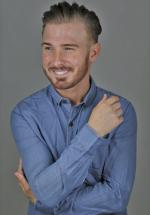 Hire-male-professional-actors-in-Birmingham