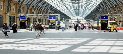 Extra's for Paddington Station Filming